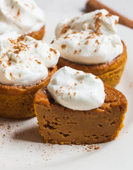 Pumpkin Pie Cupcakes With Cream Cheese Whipped Cream